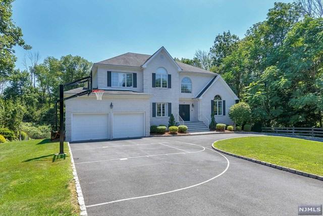 4 Hickory Drive, Montville Township, NJ 07045
