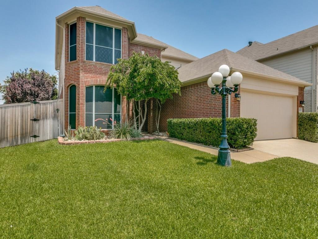 4501 Indian Rock Drive... Your new home on a quiet cul-de-sac in Keller.
