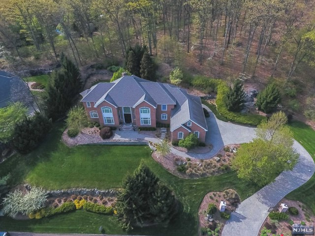 3 Briarcliff Road, Montville Township, NJ 07045