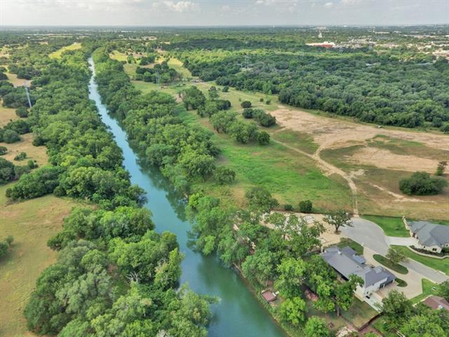 PART OF THE LEON VALLEY GOLF COURSE PROPERTY ON THE LEON RIVER.  All or part of 25 acres with over 1,000 feet of frontage on the Leon River.  Beautiful homesites with sewage and water available.  Large mature pecan and live oak trees.