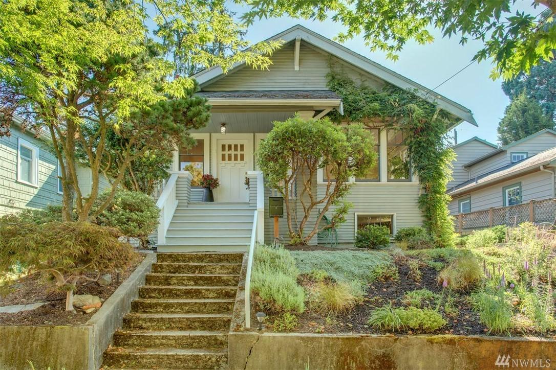 5752 30th Ave NE, Seattle, WA 98105