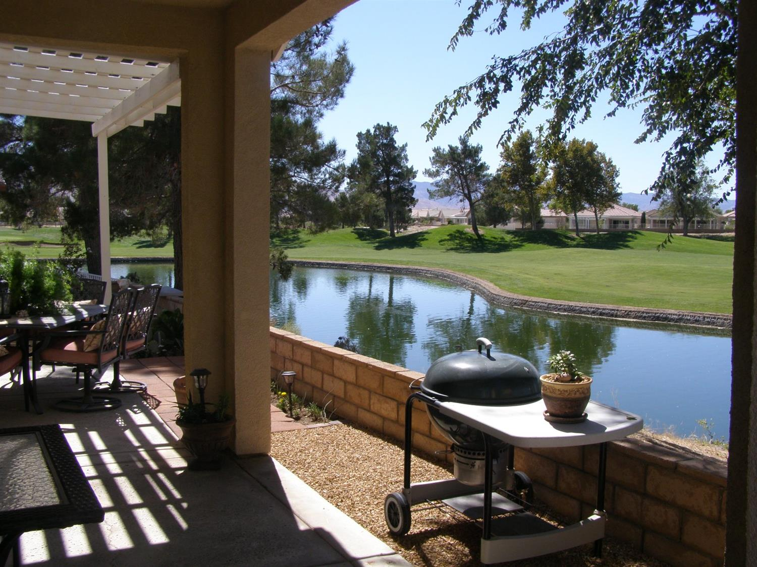 All homes for sale 55places 11354 sawgrass bend apple valley ca 92308 malvernweather Choice Image