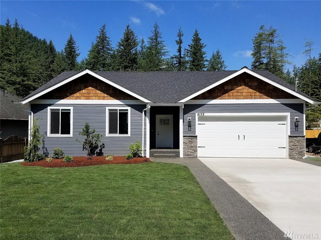 6132 Shamrock Rd, Maple Falls, WA 98266