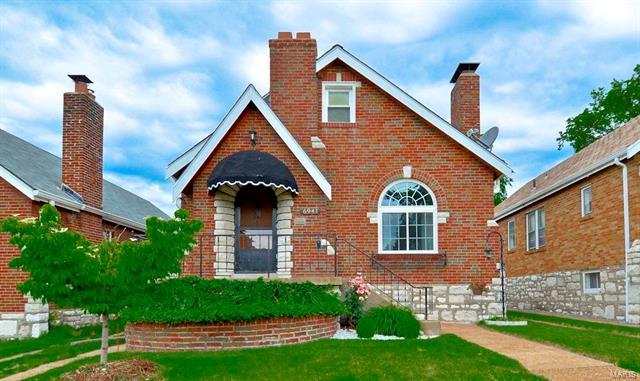 6941 Hillsland Avenue, St Louis, MO 63109