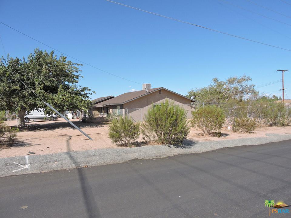 7399 PALOMAR Avenue, Yucca Valley, CA 92284