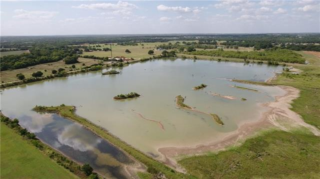 A +/-50 acre lake for big bass. Wetland area for prime waterfowl hunting. Bird creek and Leon River frontage. Several food plot areas with center pivot irrigation. 