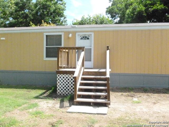411 RIVER BEND DR, New Braunfels, TX 78130