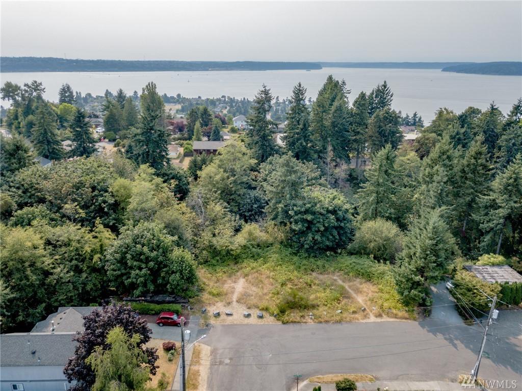 5202 Broadview Dr NE, Tacoma, WA 98422