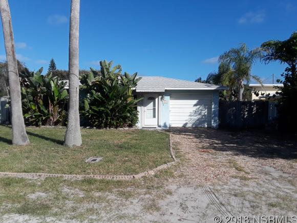 204 BEACHWAY AVE, New Smyrna Beach, FL 32169