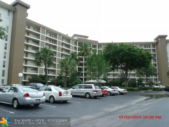 DON'T MISS OUT ON THIS COMFORTABLE 2 BEDROOM AND 2 BATHROOM UNIT IN PALM-AIRE JUST MINUTES AWAY FROM THE BEACH. AMAZING WATER AND CITY VIEWS FROM THE SEVENTH FLOOR, STRATEGIC LOCATION CLOSE TO FREEWAYS, SHOPPING AND MAJOR HIGHWAYS LIKE I-95 AND FLORIDA'S TURNPIKE. BEAUTIFUL VIEWS FROM EACH WINDOW OF THE UNIT. OK TO LEASE AFTER ONE YEAR OF OWNERSHIP, SEASONAL RENTALS OK, MINIMUM 3 MONTHS RENTALS ARE ALLOWED IN THIS BUILDING. SELLER WILL CREDIT BUYER FOR NEW FLOORING IF OFFER IS CLOSE TO ASKING PRICE.