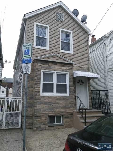 69 1/2 Marne Street, Newark, NJ 07105