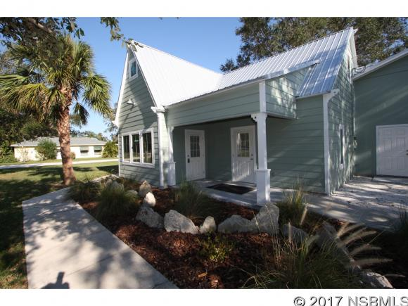 Fantastic central location in the sought out city of New Smyrna Beach. Two blocks off US1.  Zoned I-2 for heavy industrial, mixed use. Wide variety of uses include medical laboratory, professional offices, manufacturing, and other uses.  Over 9' ceilings, 6 parking spaces with room to grown. Multiple offices & 2 bathrooms. Utilities included.