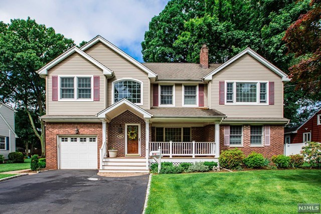 362 N Plaza Road, Fair Lawn, NJ 07410