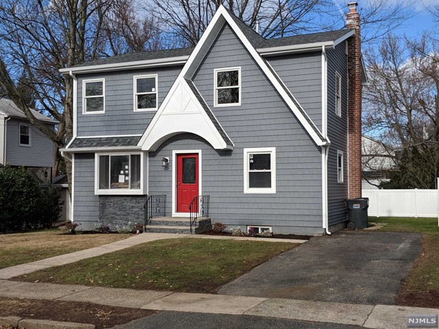 155 Porter Avenue, Bergenfield, NJ 07621