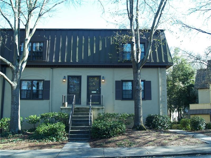 73 NW Chaumont Square, Atlanta, GA 30327