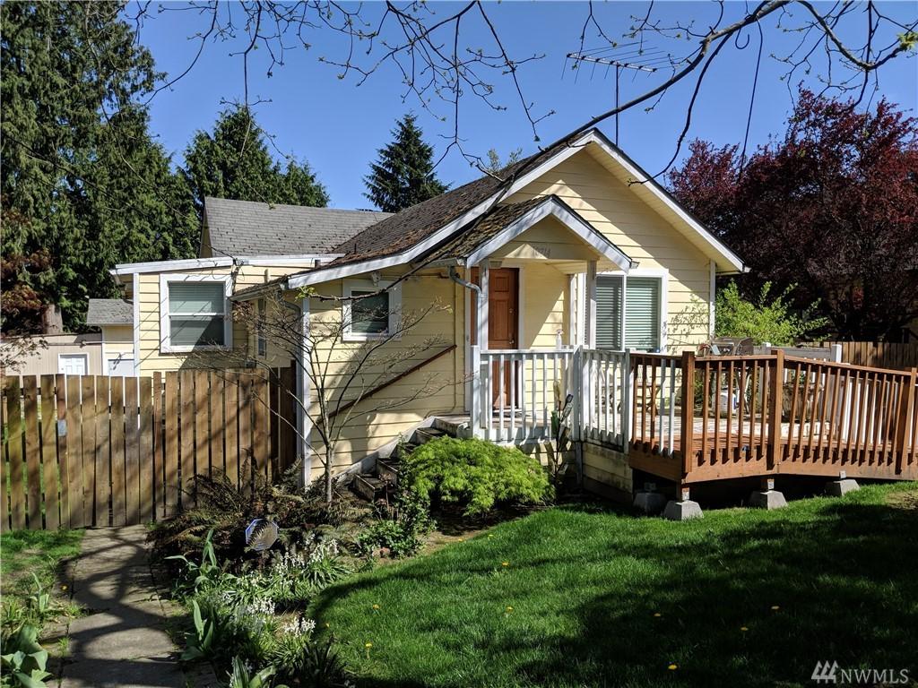 10714 Linden Ave N, Seattle, WA 98133