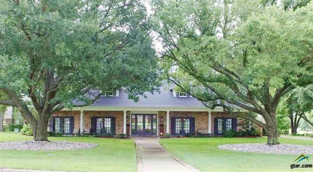 219 Country Club Drive, Mount Pleasant, TX 75455