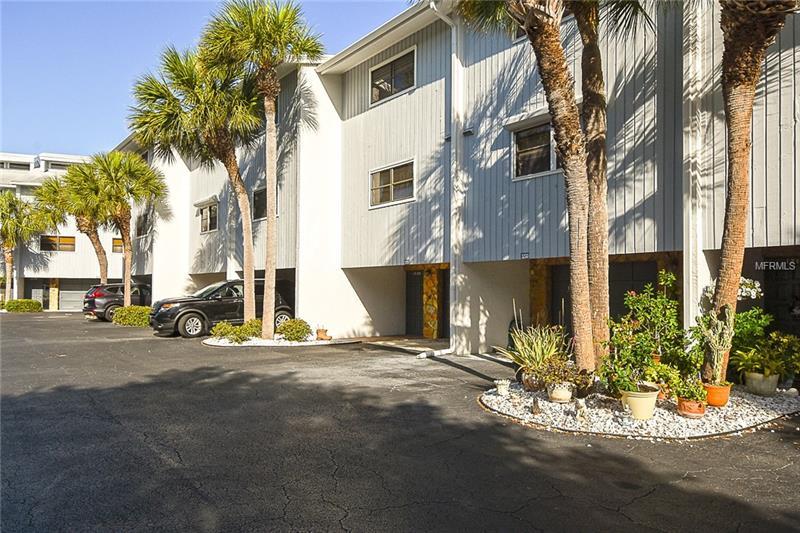 12130 CAPRI CIRCLE S 805, TREASURE ISLAND, FL 33706
