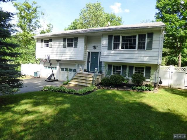 8 Hewlett Road, Montville Township, NJ 07082
