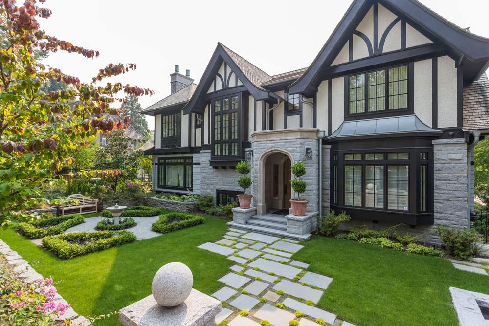 5087 CONNAUGHT DRIVE, Vancouver, BC V6M 3G2