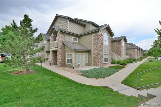 Image of a lovely townhouse in Aurora Knolls-Hutchinson Heights, Aurora, CO