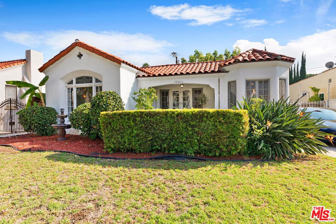 226 N WETHERLY Drive, Beverly Hills, CA 90211