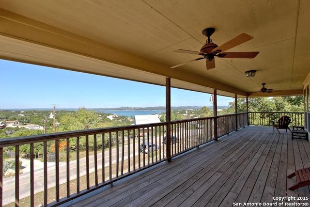 1215 Highland Terrace Dr, Canyon Lake, TX 78133