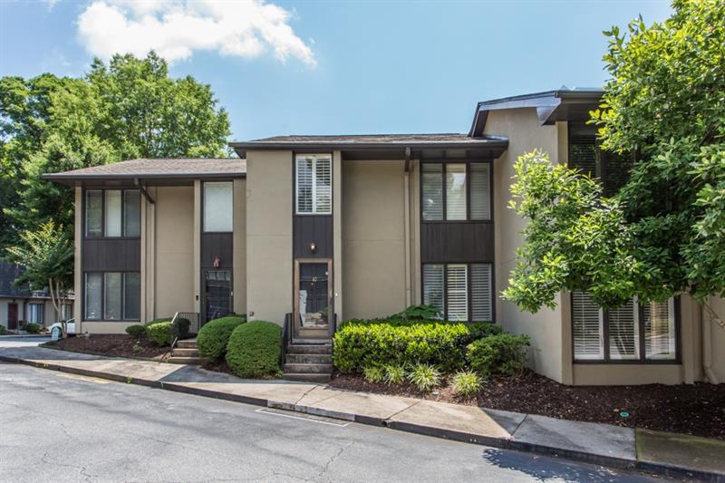 10 Ivy Gates NE, Atlanta, GA 30342