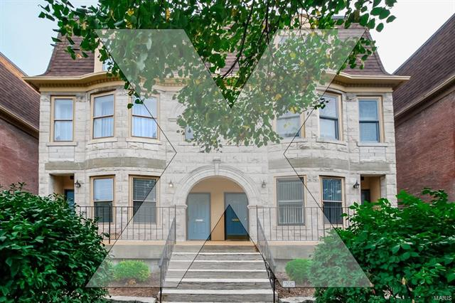 4310 Maryland Avenue, St Louis, MO 63108
