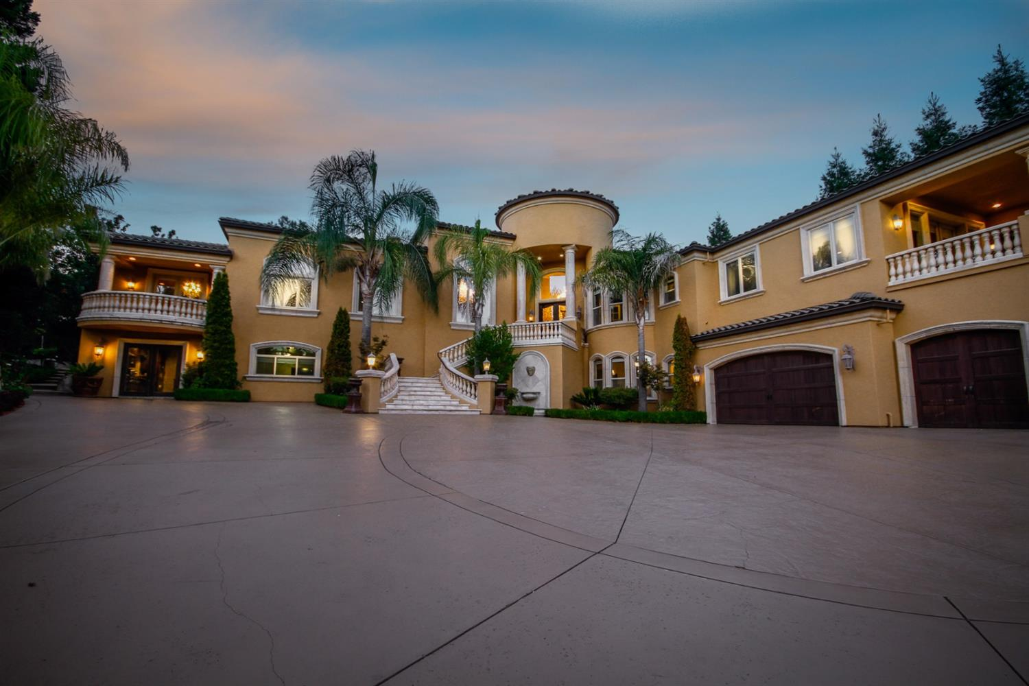 Amazing estate in Granite Bay, enjoy the luxurious lifestyle of Los Lagos. the private gated drive way provides plenty of privacy. Custom touches throughout, natural stones, cathedral ceilings, formal living, formal dining room, spacious great room, gourmet kitchen, top of the line appliances large island. 6 bedroom 8 baths.  Beautiful backyard with stunning views, Pool & spa built in BBQ and pizza oven.