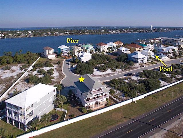 321 Gulfview Ln, Pensacola, FL 32507