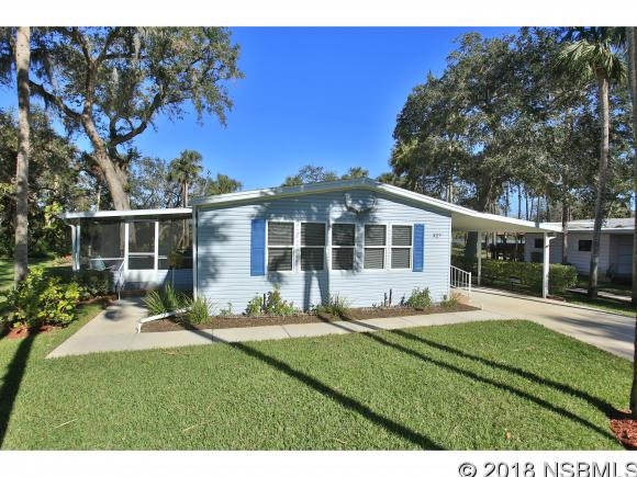 327 Schooner Ave, Edgewater, FL 32141