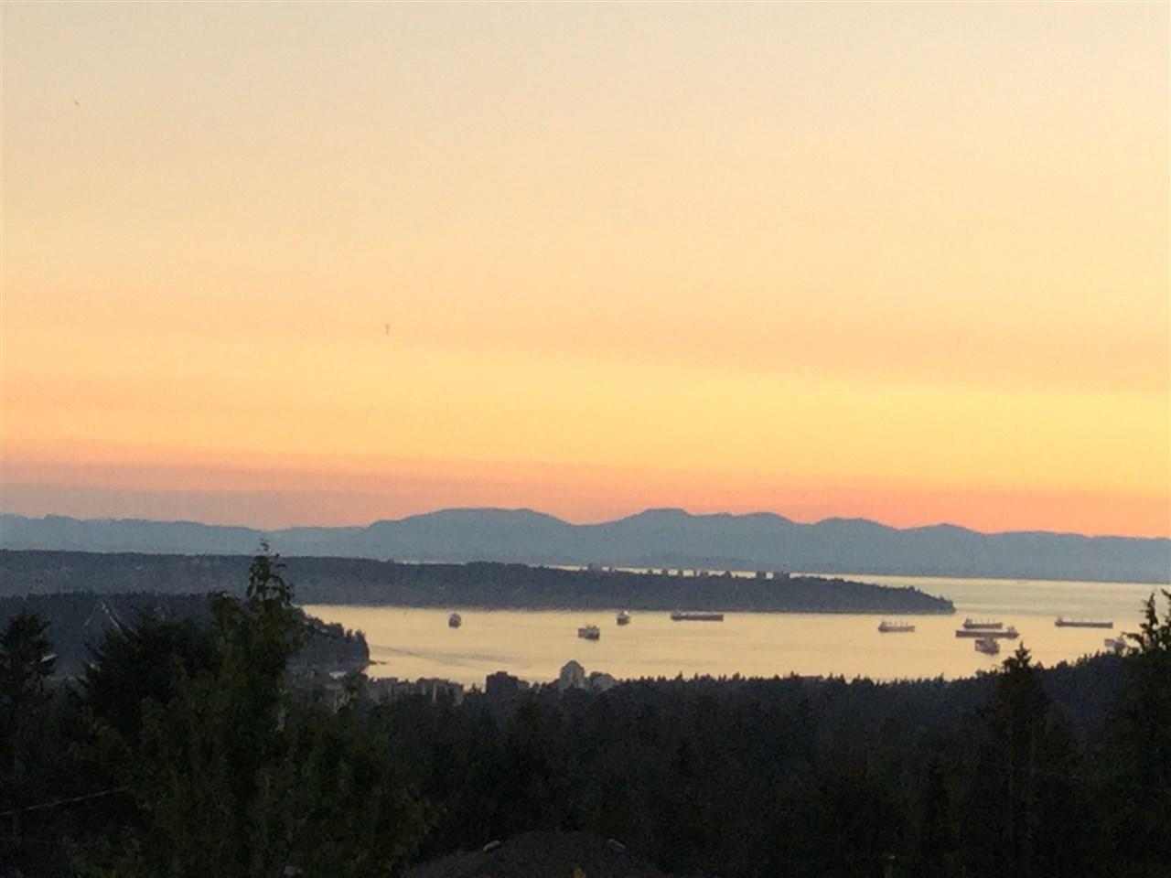 4593 SKYLINE DRIVE, North Vancouver, BC V7R 3H5