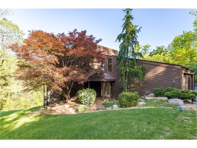23 Chesterfield Lakes Road, Chesterfield, MO 63005