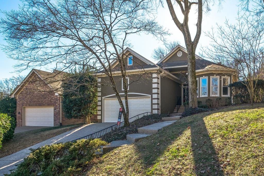 13 Micawber Ct, Brentwood, TN 37027
