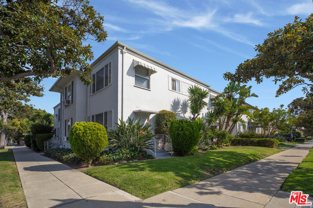 300 S DOHENY Drive, Beverly Hills, CA 90211