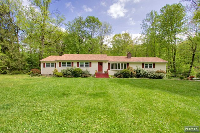 21 Furnace Road, Chester Borough, NJ 07930