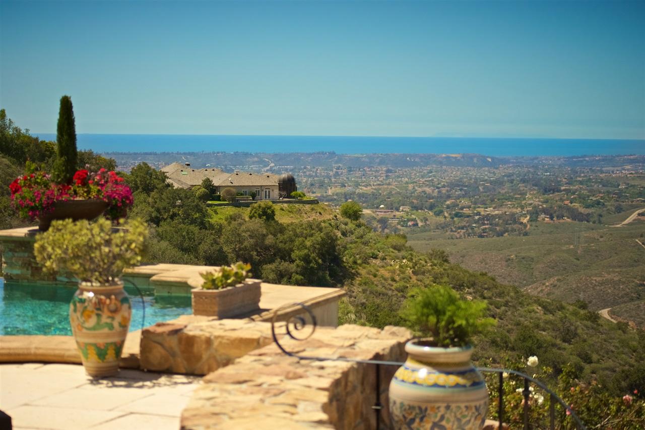 7954 Camino De Arriba, Rancho Santa Fe, CA 92067