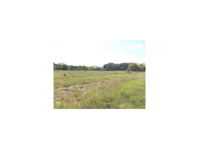 This 1.725 acre tract is diagonally across from the HEB, UPS and other shopping. Located west of A plus bank, west of the Metro station, minutes from 183 toll road and 183. All utilities are available to this property. Great investment opportunity to build to suit.