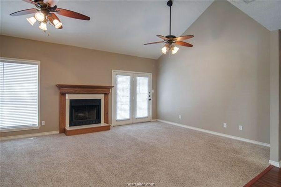 1504 Saddle Lane, College Station, TX 77845