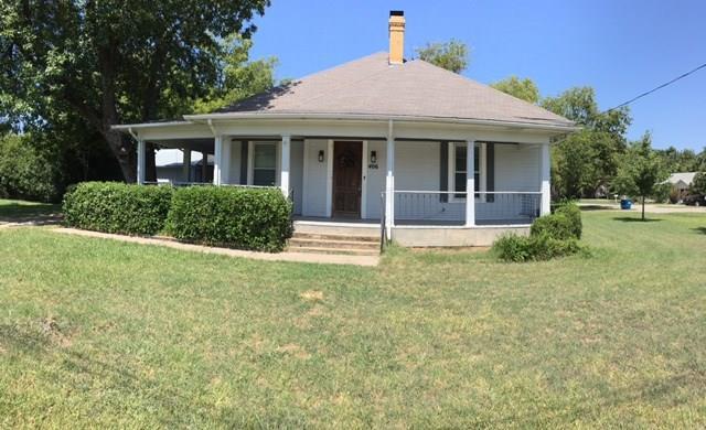 406 Austin Street, Roanoke, TX 76262
