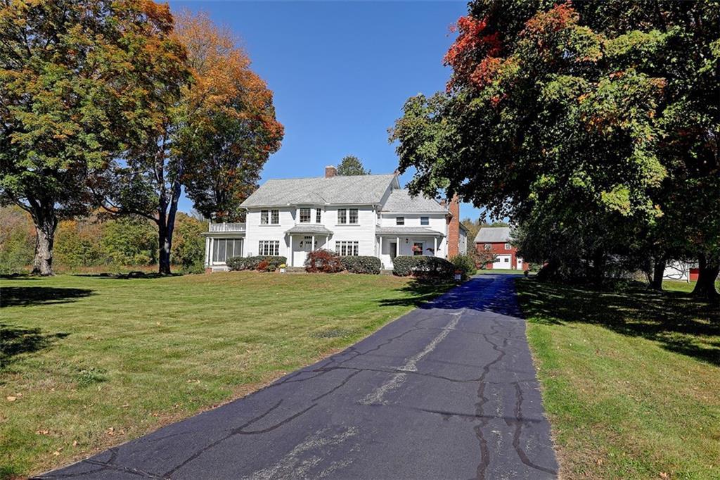 956 Old Smithfield RD, North Smithfield, RI 02896