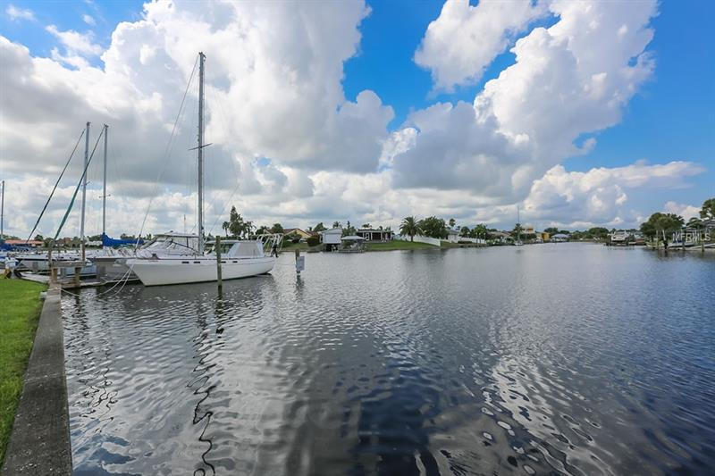Homes For Sale On The Water In Apollo Beach Fl