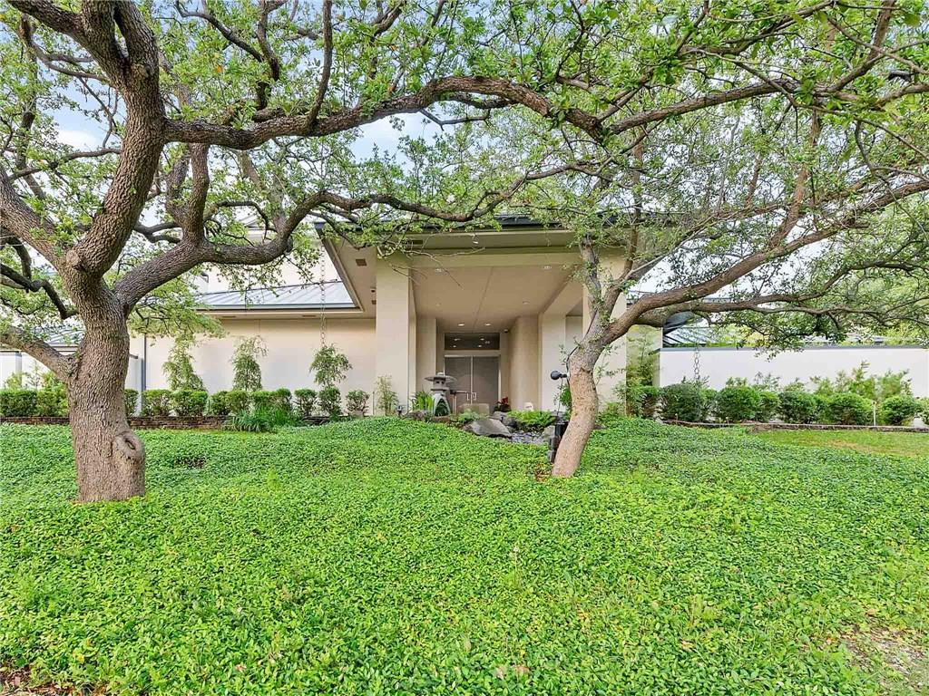 6208 Indian Creek Drive, Westover Hills, TX 76107