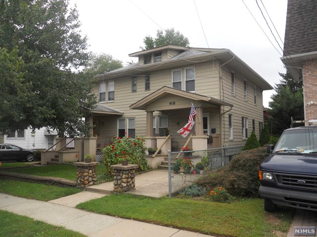 916-918 Paterson Avenue, East Rutherford, NJ 07073