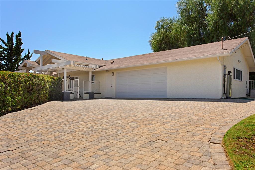 226 Foxfire Lane, Fallbrook, CA 92028