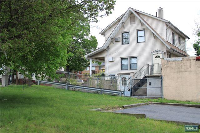 69 Ridgefield Avenue, Ridgefield Park, NJ 07660