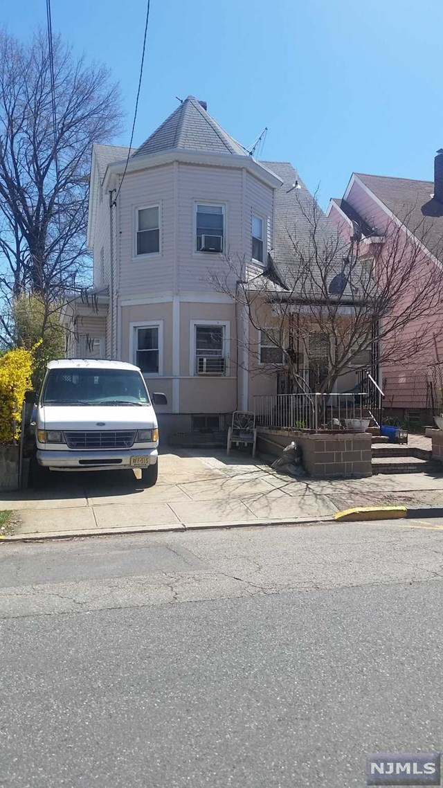 587-589 E 39th Street, Paterson, NJ 07513