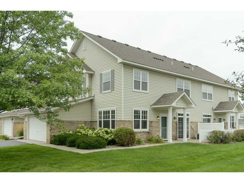 20423 Kensfield Trail 605, Lakeville, MN 55044