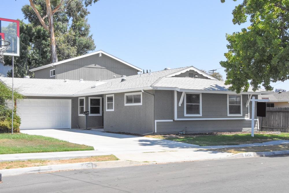 8434 Lake Gaby Ave, San Diego, CA 92119